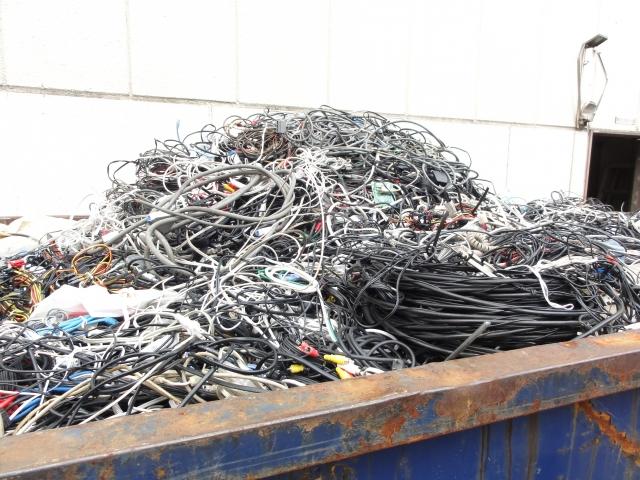 不用品回収・片づけ・解体・清掃関連